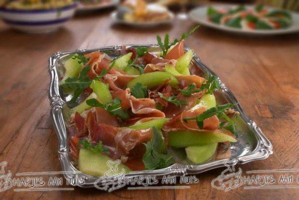 Salade serranoham als hapje
